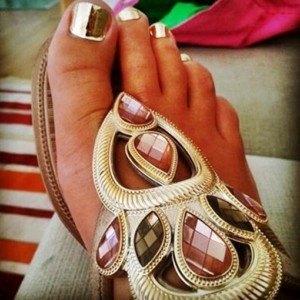 pedicura-minx-gold-dorado-nails-coruna